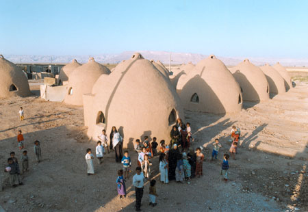 unrefugeecampmed Developed earth architecture: the superadobe
