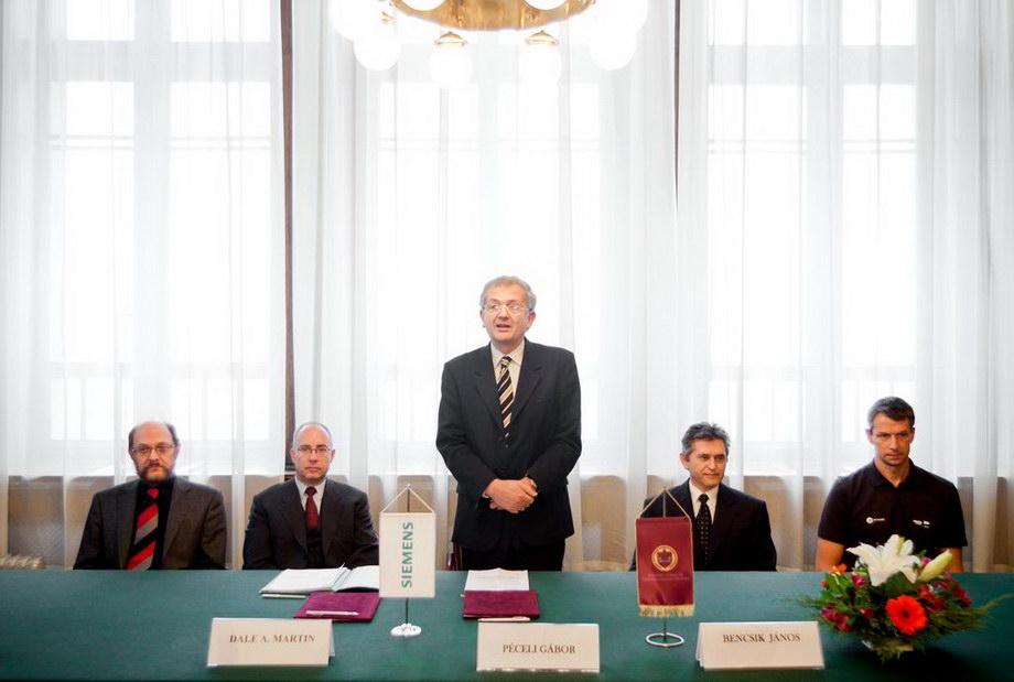 mg 3800 Szerződés a Siemensszel!