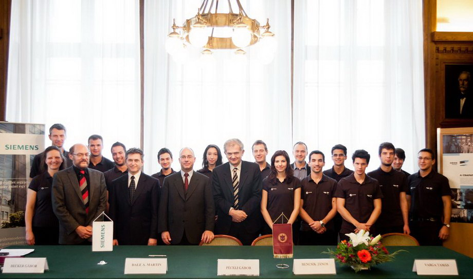 mg 3949 Szerződés a Siemensszel!