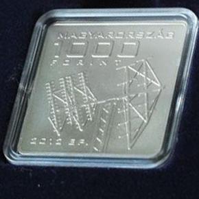 <!--:hu-->MNB érmét bocsátott ki a Masat-1 tiszteletére<!--:--><!--:en-->Coin and stamp dedicated to Masat-1<!--:-->