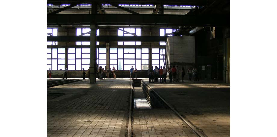 mavcsarnok 6  Lugar de construcción:  hall de MÁV