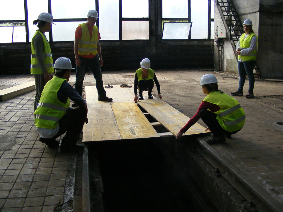 DSCF0991 La construcción ha empezado