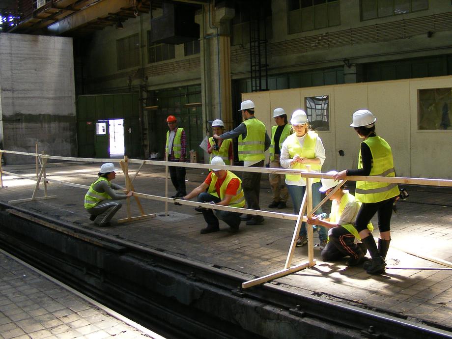 DSCF1048 La construcción ha empezado
