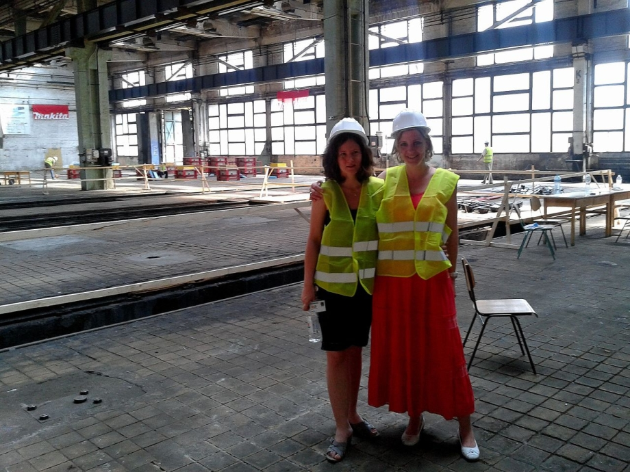 s01 The first official visitors in our construction hall: Siemens